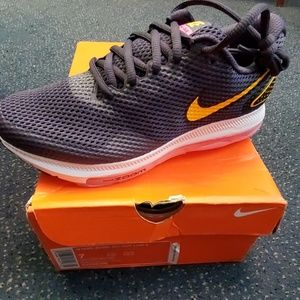 Nike Zoom All Out sneakers